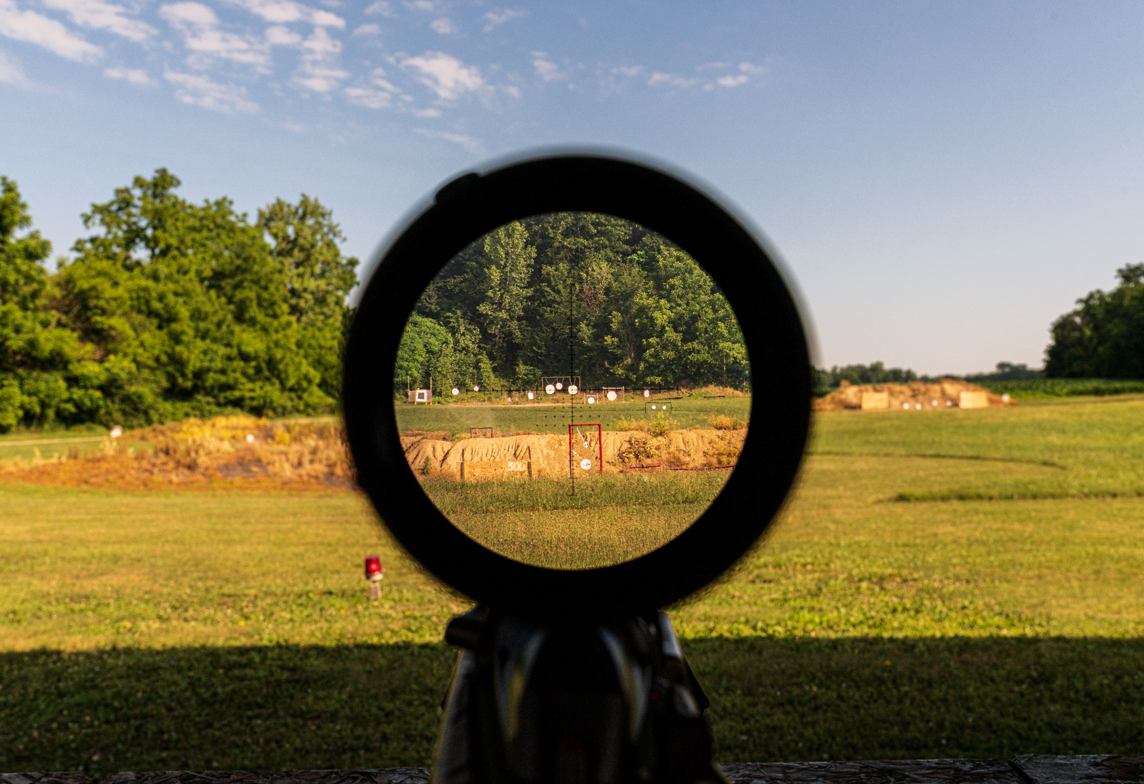 Using your riflescope and reticle to rangefind